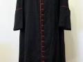 Ultima talare indossata da Albino Luciani prima di entrare in Conclave e diventare Papa con il nome di Giovanni Paolo I. La talare è un dono del segretario Mons. Mario Senigaglia.